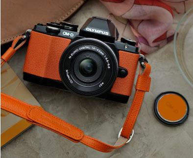 Olympus E-M10 Premium Kit, orange