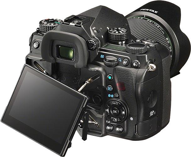 Pentax K-1 Flexible-tilt LCD