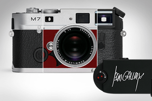 Leica M Analogue à la carte: leather trims and custom camera engraving. A personalised engraving in the form of signatures, monograms, graphic elements, or family crests.