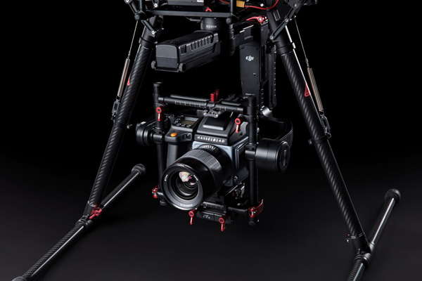Ronin-MX Gimbal and Hasselblad H6D-100c Camera combine below DJI-M600 Pro Drone