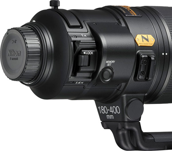 Nikon AF-S NIKKOR 180-400mm f/4E TC1.4 FL ED VR with Nikon's first built-in teleconverter: When you're in the field, adding a teleconverter to a large lens can be a tense operation, especially when dust or moisture is present. With the AF-S NIKKOR 180-400mm f/4E TC1.4 FL ED VR, its as easy as flicking a switch.