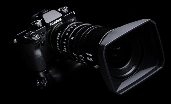Fujifilm X-H1 with ultra-compact cinema lens FUJINON MKX18-55mmT2.9