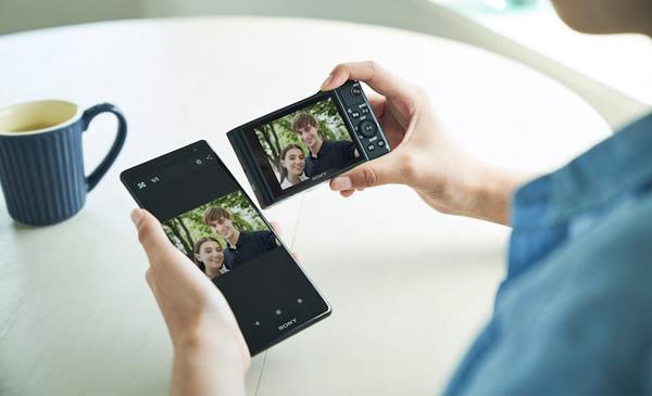 Sony Cyber-shot HX99: Connectivity: Image Courtesy of Sony