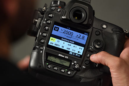 """Nikon D6: Image Courtesy of Nikon: """"With recallable shooting functions, sports photographers can effortlessly switch between preset camera settings— great for events like track and field where dynamic-area AF may work best for some events while auto-area AF may be better for others."""""""