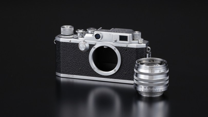 Canon IV Sb 35mm rangefinder camera with screw-type mount
