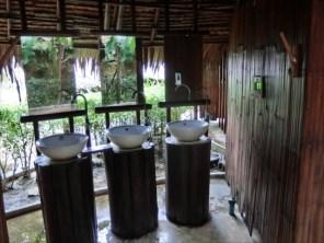 コーラル島 バナナビーチ 洗面所