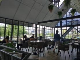 ディーンアンドデルーカ ( DEAN & DELUCA ) オールドタウン店/ プーケットタウンのカフェ