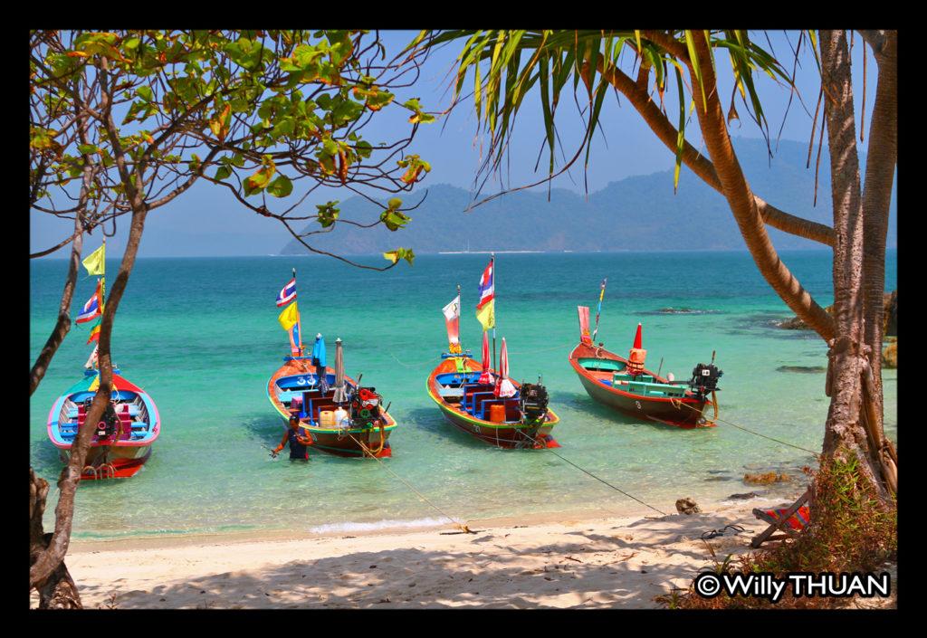 boats-bon-island
