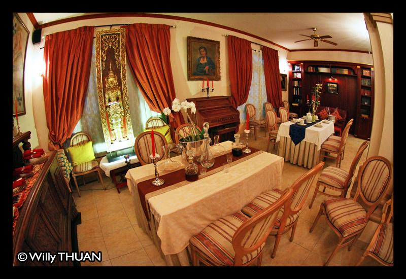 royale-namtok-restaurant-phuket