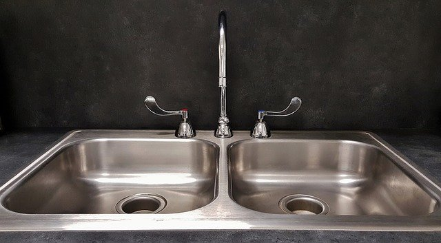 how to prevent water spots on stainless