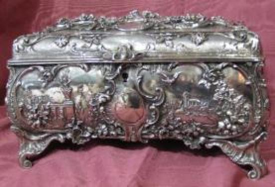 Rare and Large Silver Plated Jewelry Box 01