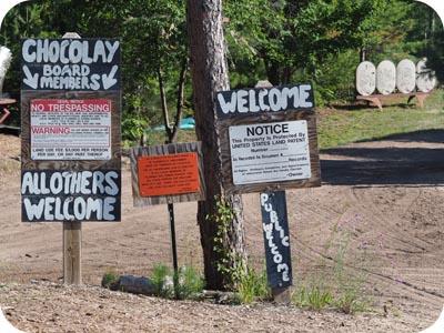 Lakenenland no trespassing