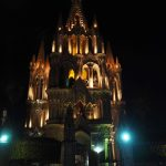 Parroquia de San Miguel Arcangel at night
