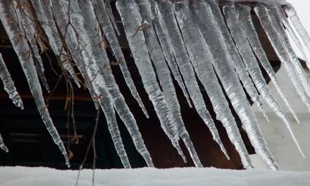 Was schmilzt schneller – Eis nackt, oder Eis in Wolle?