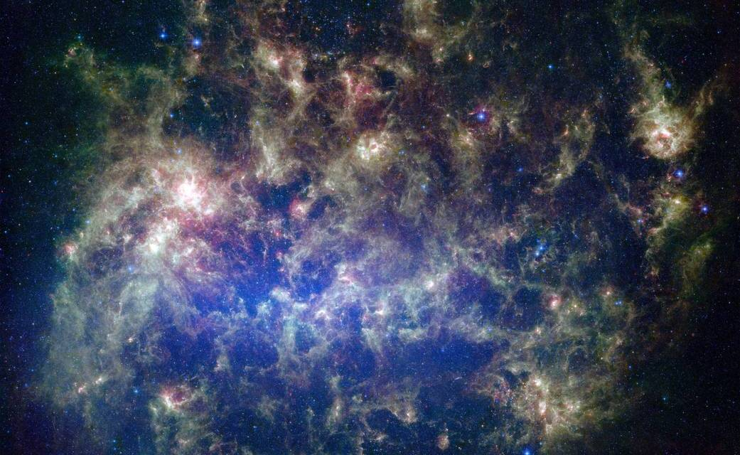 Wolken im Weltall