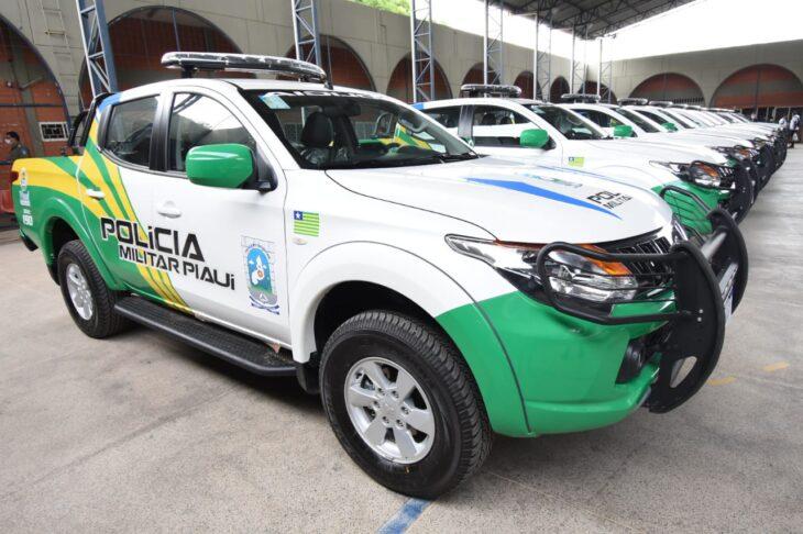 Entrega de viaturas PM Wellington Dias 2 Polícia Militar recebe 24 novas viaturas do governador