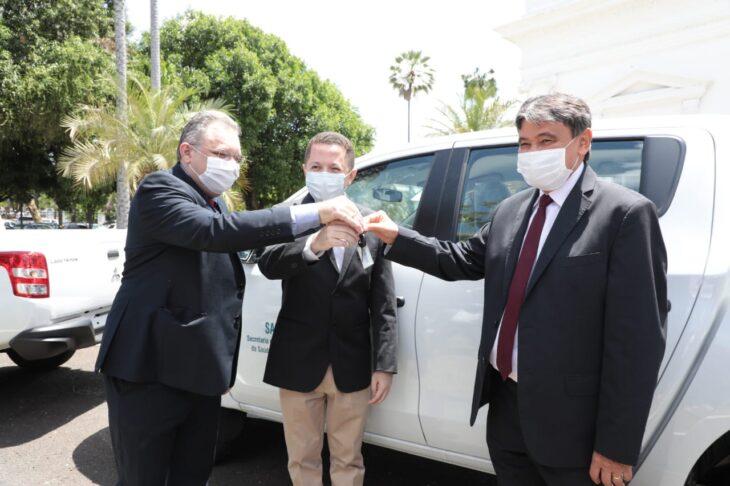 Entrega veiculos Hemopi e prefeituras 2 Governador entrega nove veículos para reforçar a saúde no Piauí