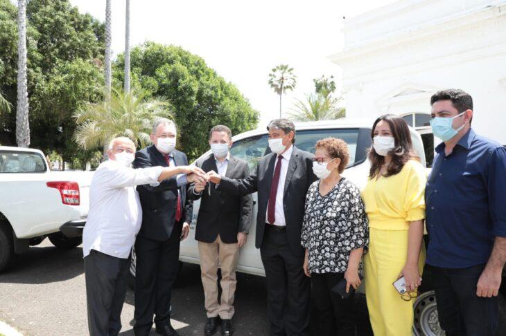 Entrega veiculos Hemopi e prefeituras 6 Governador entrega nove veículos para reforçar a saúde no Piauí