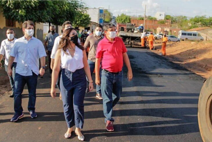 WhatsApp Image 2020 11 13 at 08.48.25 IDEPI realiza obras de recuperação de estradas e construção de calçamento em Picos