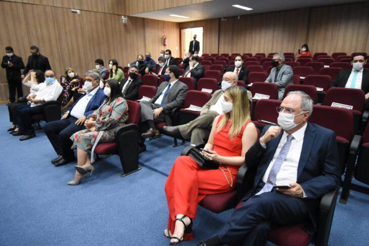 WhatsApp Image 2020 11 23 at 11.06.41 Governador participa da inauguração do Fórum e Juizado em Picos