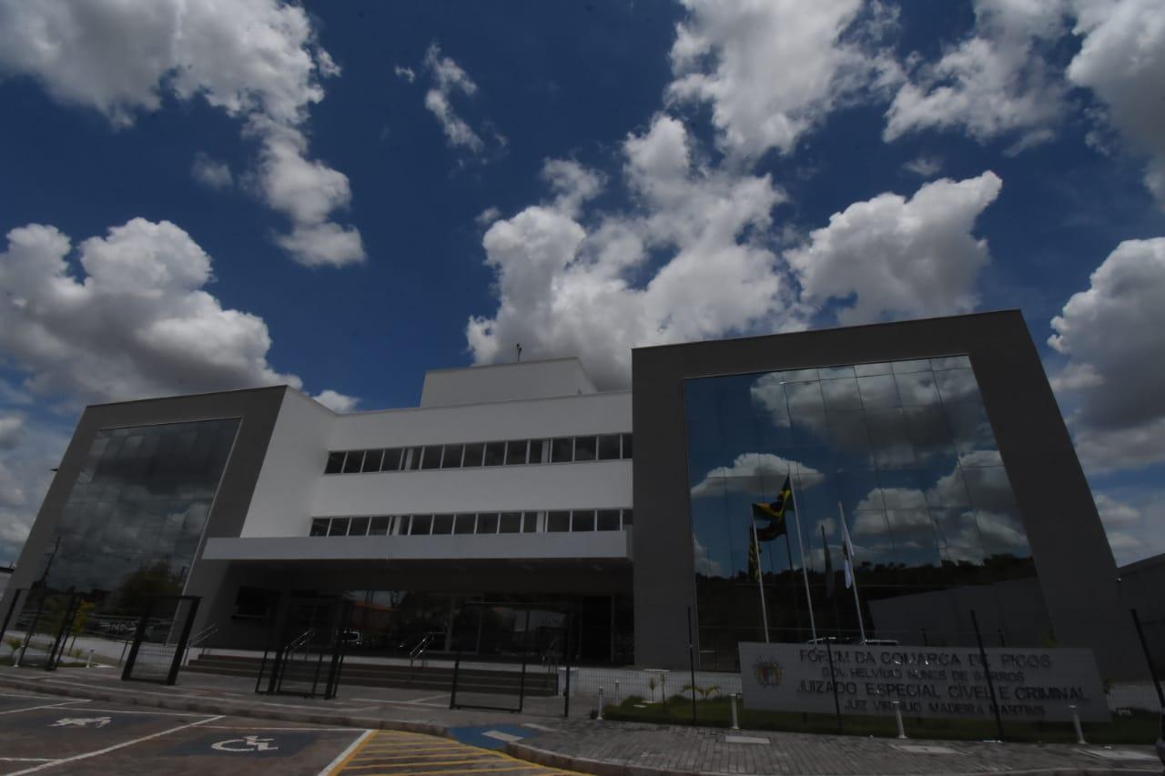 WhatsApp Image 2020 11 23 at 12.42.48 1 Governador participa da inauguração do Fórum e Juizado em Picos