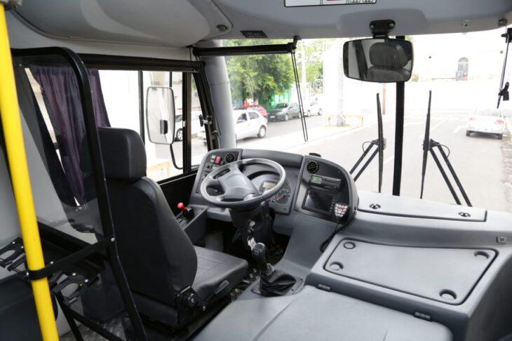 Entrega de viaturas para o sistema penitenciario 10 Governador entrega veículos para transporte de detentos