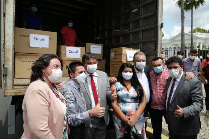 1f8015b7 17f4 4d46 9cc2 758884f764dc Piauí inicia distribuição de insumos para vacinação contra a Covid em municípios