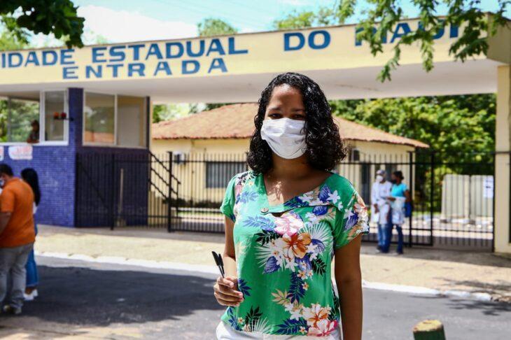 MARIA EDUARDA Estudantes da rede estadual elogiam apoio da Seduc na preparação para o Enem