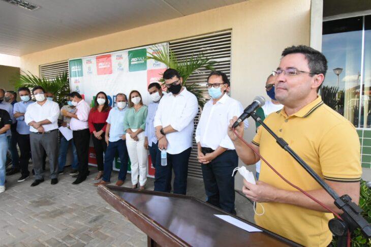 agenda em srn discursos 23 Governador entrega títulos de posse a famílias de São Raimundo Nonato