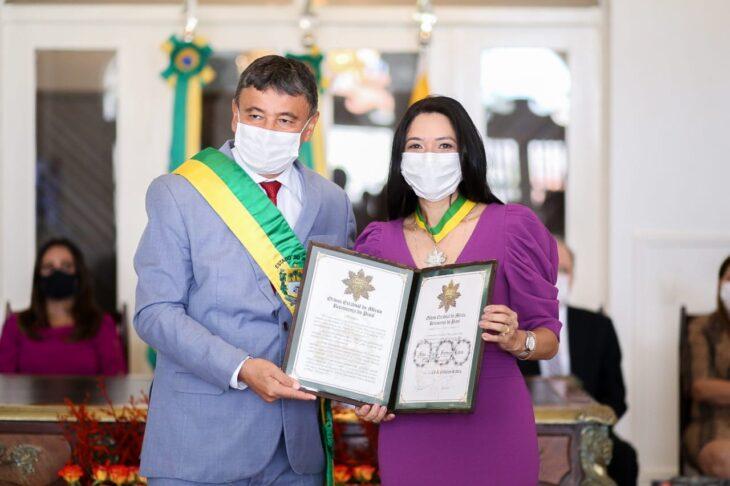 entrega de medalhas 20 Governador entrega medalhas por ocasião do 198º aniversário da adesão do Piauí à Independência