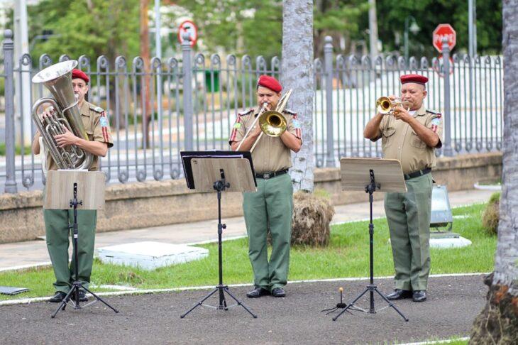 hateamento bandeira 3 Governador entrega medalhas por ocasião do 198º aniversário da adesão do Piauí à Independência