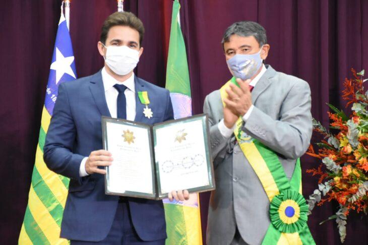 medalhas piracuruca 2021 17 Governador entrega medalhas do Mérito Renascença em Piracuruca