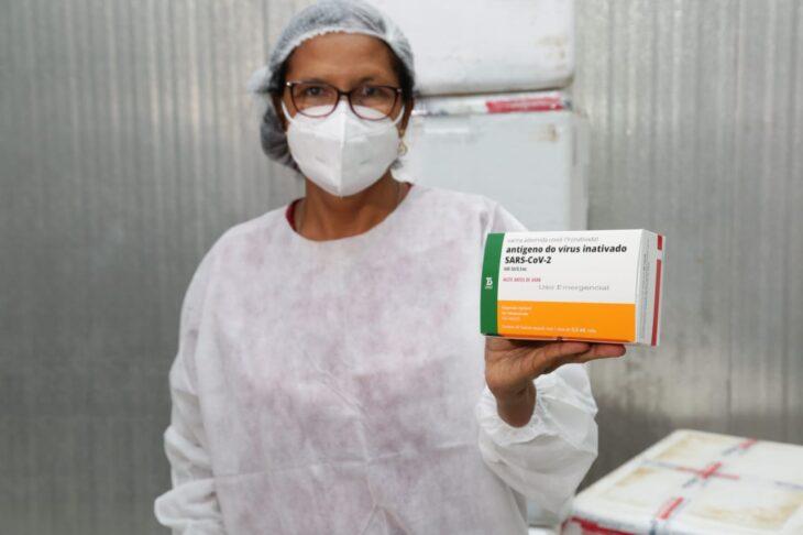 rede de frios coronavac 7 Governo distribuirá vacinas via terrestre e aérea para cidades do interior do Piauí