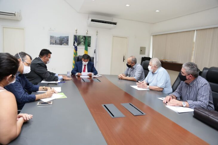 WhatsApp Image 2021 02 08 at 18.18.58 1 Wellington libera R$ 3 milhões para o combate à febre aftosa no Piauí