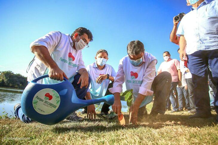 Governador entrega obras do PRO Piauí em Água Branca