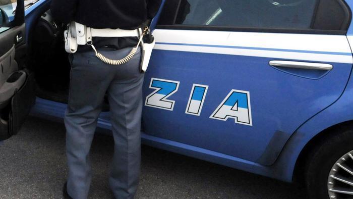 Gioia Tauro: la Polizia di Stato arresta 2 persone per furto aggravato di energia elettrica