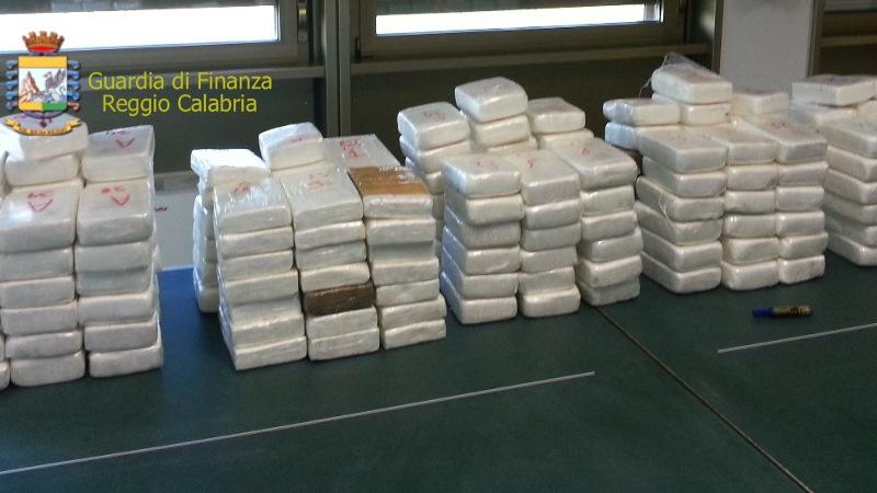 Porto di Gioia Tauro, sequestrati 55 kg di cocaina purissima