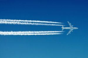 aereo-scia-di-condensazione-161045-702x336
