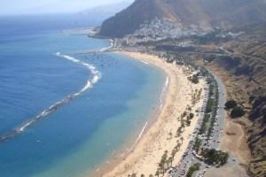 Playa_de_Las_Teresitas_en_Santa_Cruz