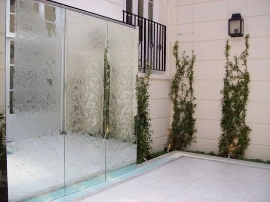 Ritagliati un angolo di benessere nel giardino di casa tua, con i nostri bacini d'acqua. Pareti Acqua Per Interni Ed Esterni