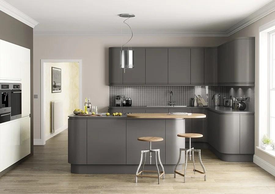 Puoi creare un contrasto delicato scegliendo il top in marmo con venature. Colore Perfetto Per Le Pareti Della Cucina