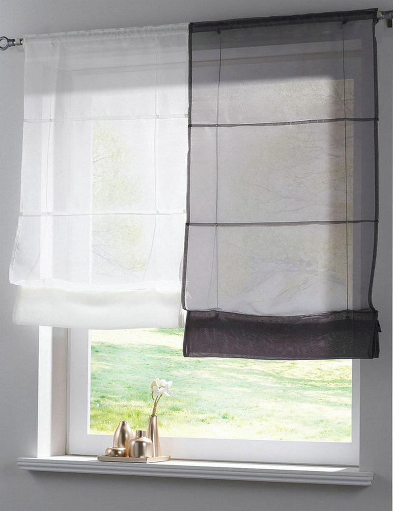 per sottolineare e valorizzare al meglio un ambiente moderno, quelle più di tendenza oggi sono le tende a pacchetto, che danno il meglio di sè in salotti o uffici con ampie finestre. Tende A Pacchetto