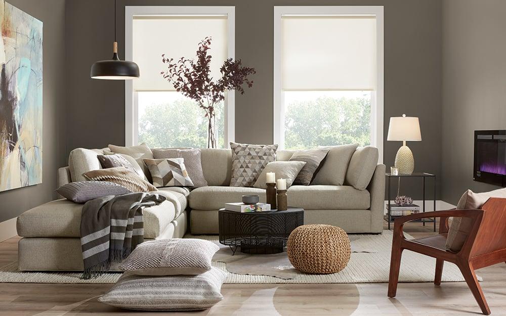 La tendenza a dipingere le pareti del soggiorno rimane una delle più richieste da diverse stagioni e sembra che non siano previsti cambiamenti nel 2021. Quale Parete Del Soggiorno Dipingere Piu Chiara