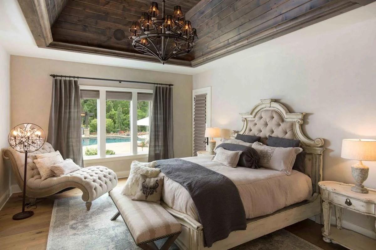 L'appartamento è distribuito in tre ampie camere da letto e due bagni, uno dei quali è en suite. 6u 6wfdr6idk2m