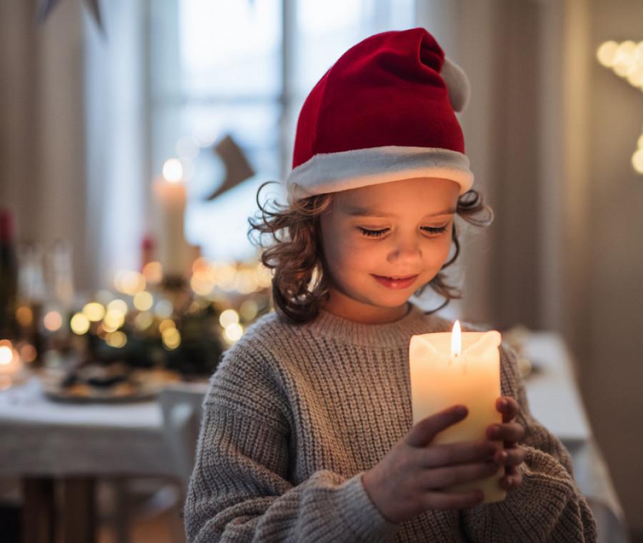 Idee e offerte per la famiglia. Come Spiegare Il Natale Ai Bambini Pianetamamma It