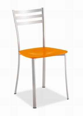Le sedie da pranzo pertanto sono molto importanti, sotto molti punti di vista. Sedie Per La Casa Sedie Da Cucina Vendita E Produzione Di Sedie Per La Casa Sedie Da Cucina Milano