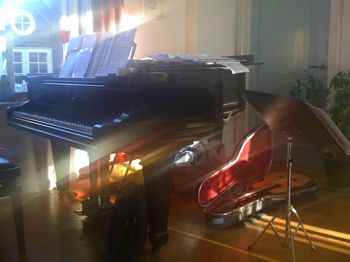 Piano and guitar in the Monument House Utrecht, Netherlands