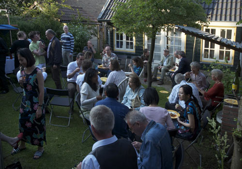 Guests and musicians of Monument House Concert Series Glass Vase Concert in Utrecht. Photo: Serge van Empelen