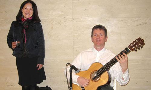Linda Marroquin and guitarist Robert Bekkers at 3 Allen Center