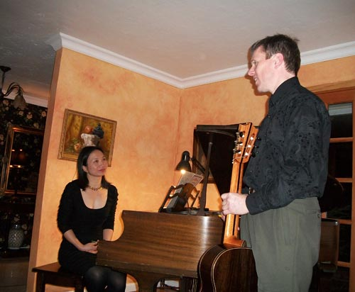 Bekkers Piano Guitar Duo house concert in Carmichael, CA Photo: Daniel Roest